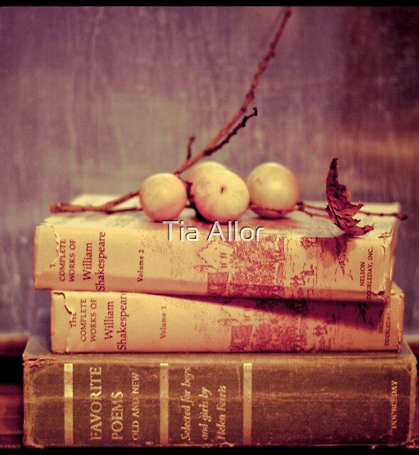 Light Reading by Tia Bailey
