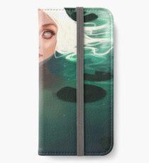 Nymph iPhone Flip-Case/Hülle/Skin