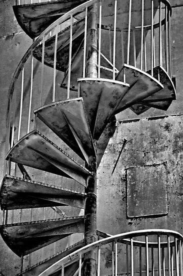 Swirly by Bob Wall