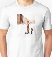 calvin and hobbes Snow T-Shirt