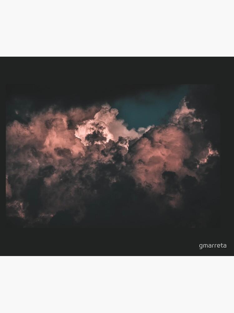 Red Clouds by gmarreta