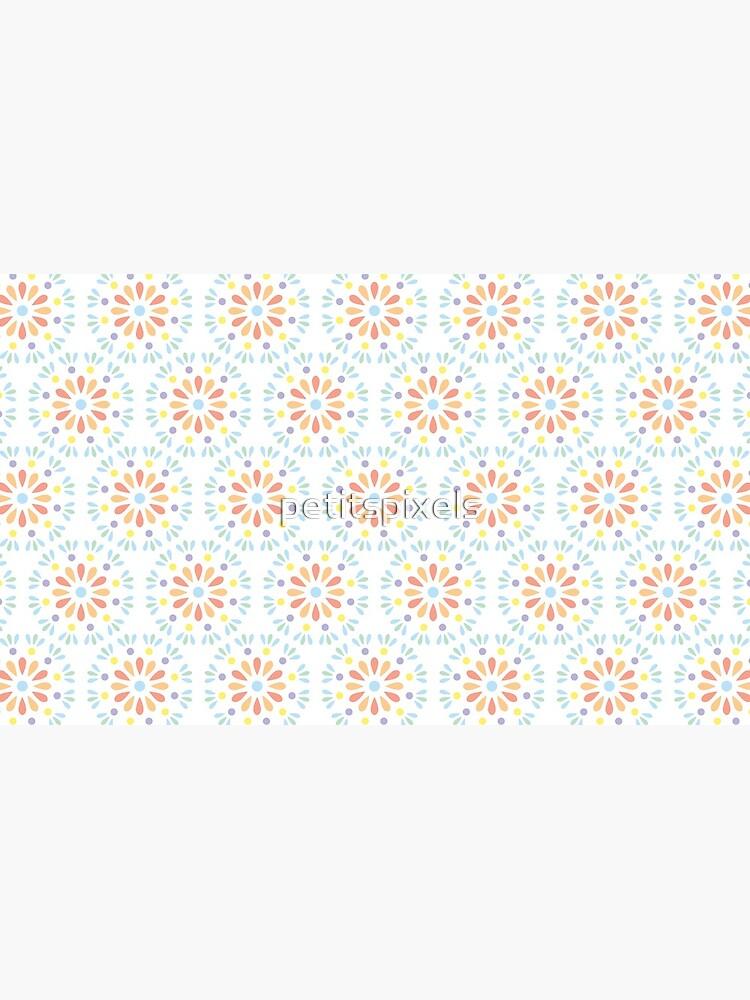 Pastel geometric floral pattern by petitspixels
