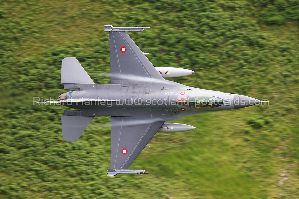 Danish F16 Tight Turn by Richard Hanley www.scotland-postcards.com