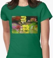 Ruby Throated Hummingbird In Summer Garden Women's Fitted T-Shirt