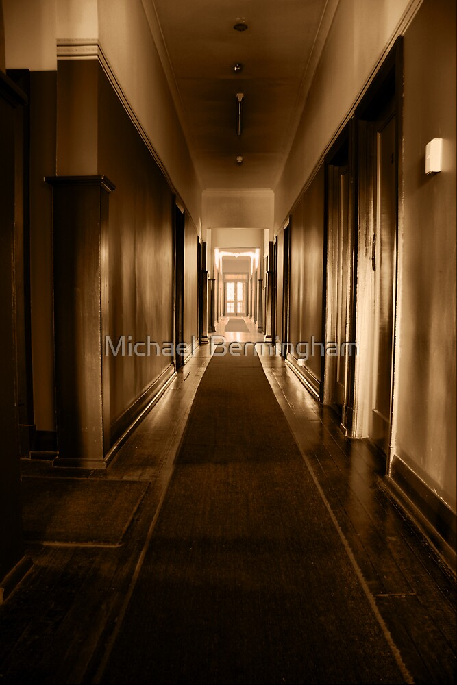 Old Yanchep Inn by Michael  Bermingham