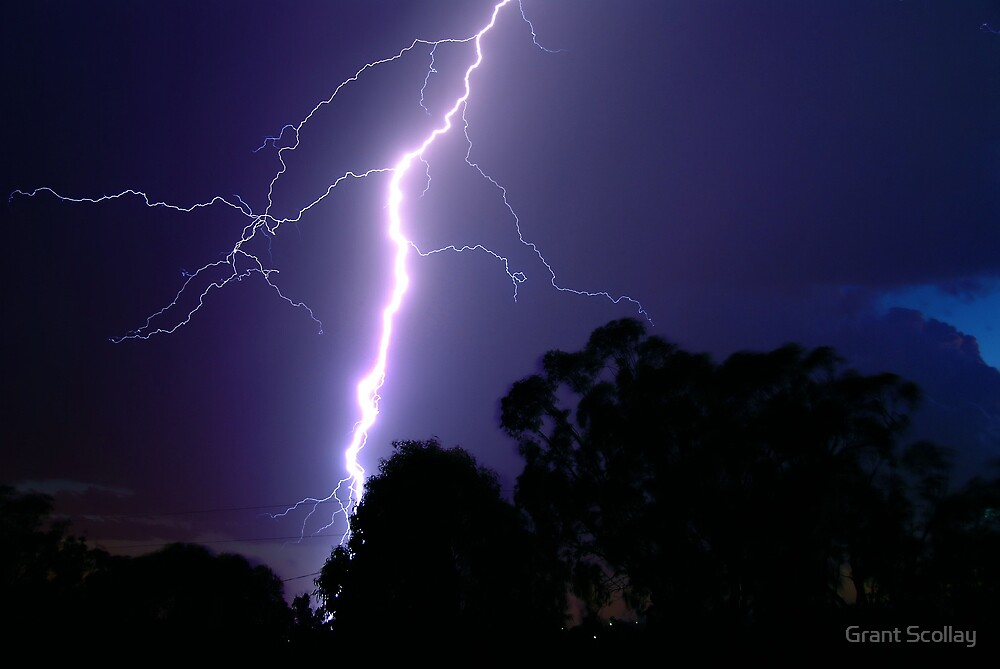 Lightning Storm Feb 2008 by Grant Scollay