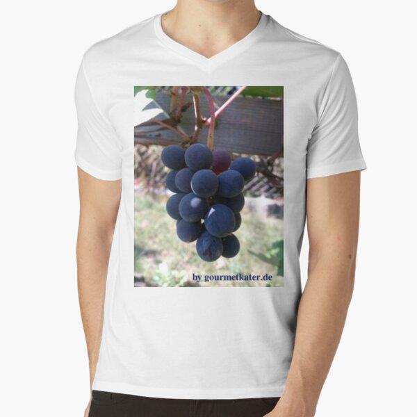 Weintraube Blauer Bernburger T-Shirt mit V-Ausschnitt