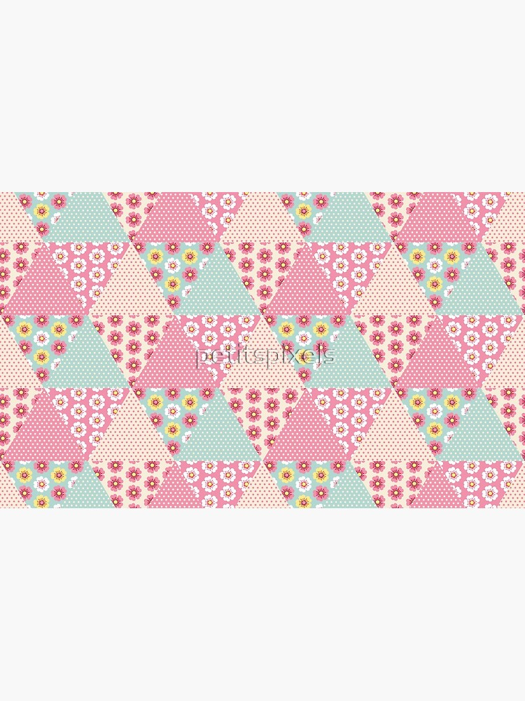 Spring flowers triangle patchwork quilt by petitspixels