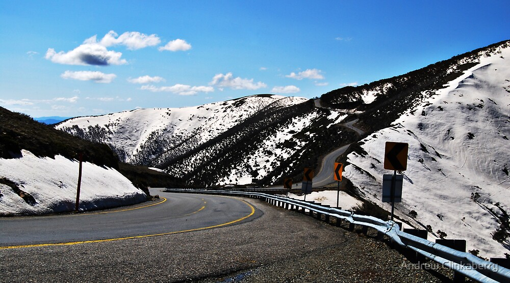 The Alpine Road Up To Hotham by Andrew Clinkaberry