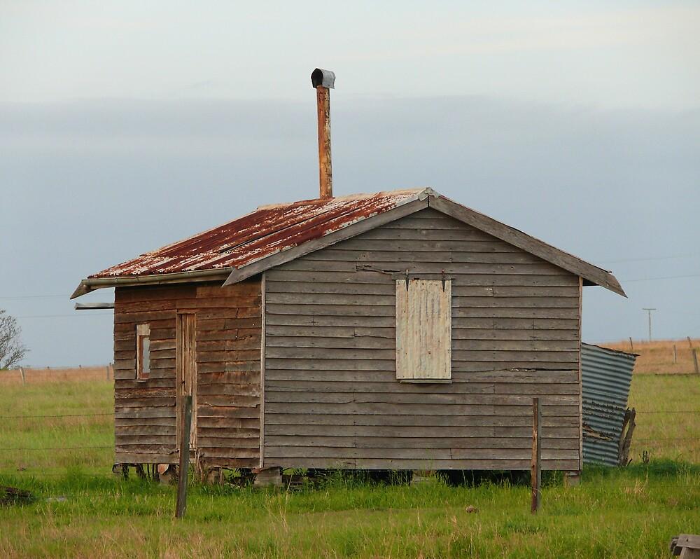 Old hut by Tim Everding