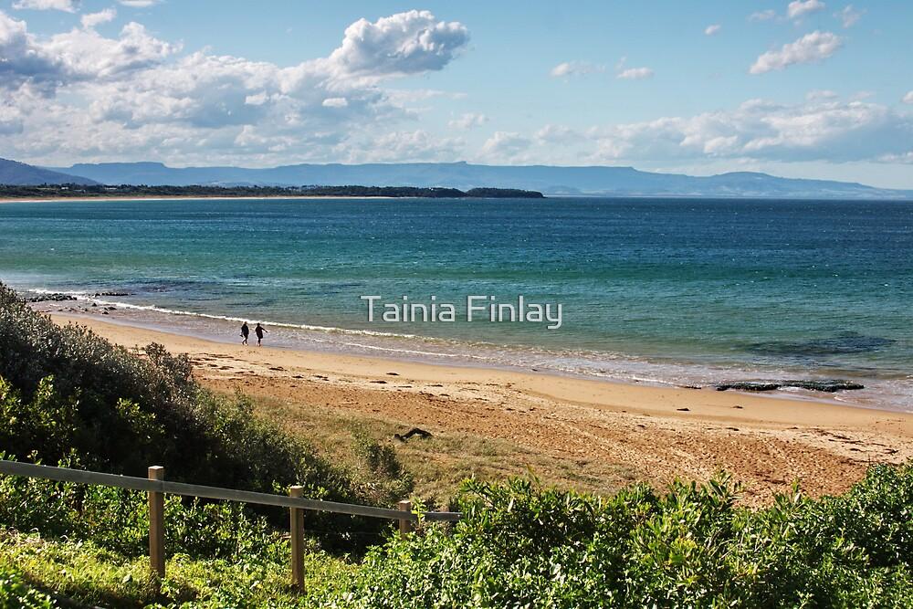 Culburra Beach by Tainia Finlay