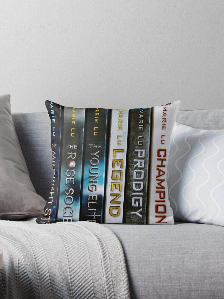 Marie Lu Book Spines by DanaAndTheBooks