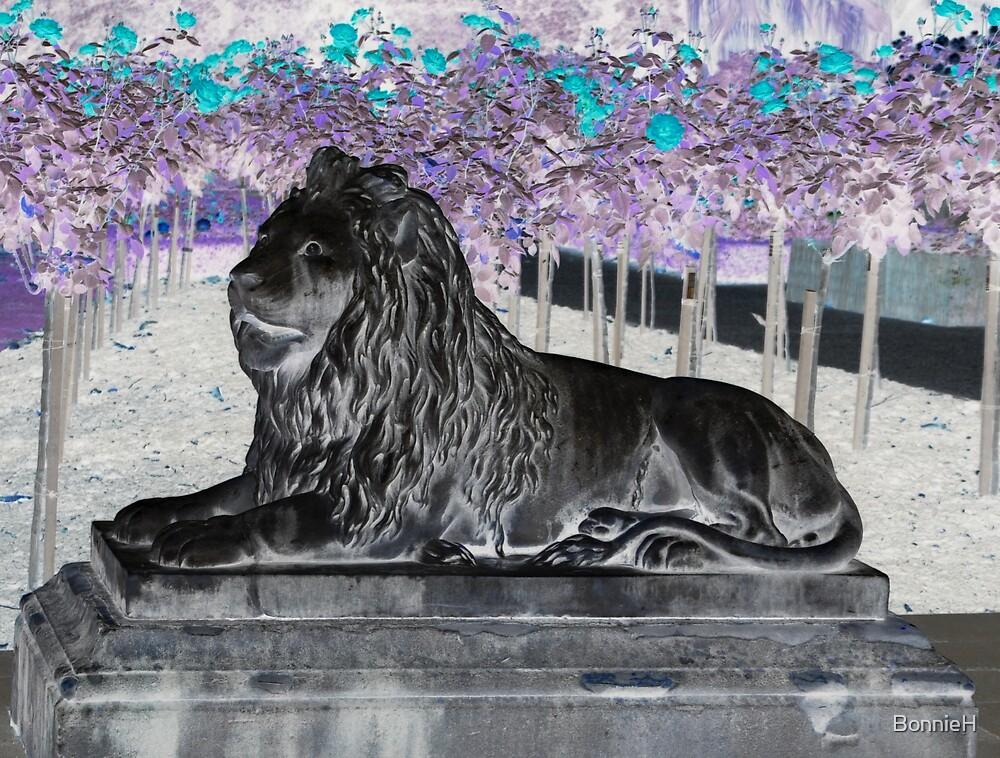 Lion statue at Sydney's Botanical Gardens by BonnieH
