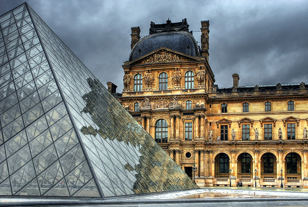 The Louvre by Xandru