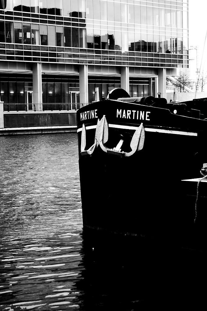 Docklands Barge by Tom Osborne