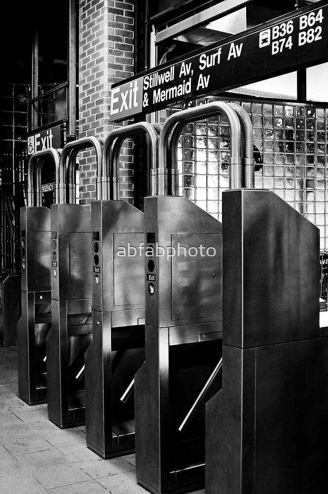 Subway by abfabphoto