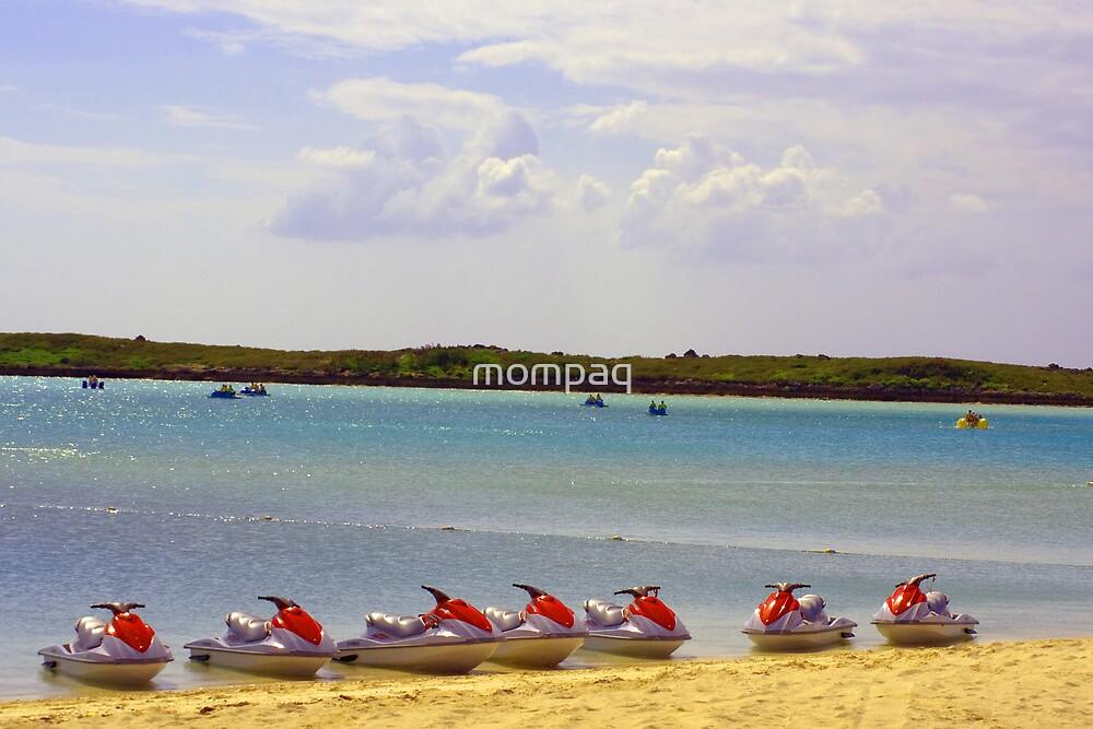 Jetskiis In A Row by mompaq