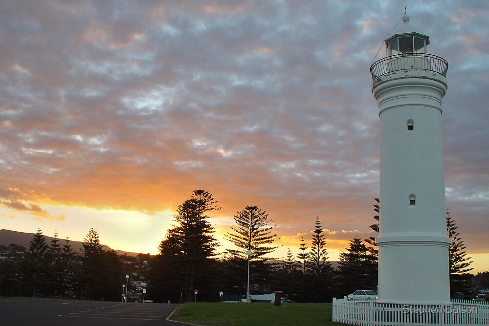 Kiama Lighthouse sunset by Stephen Balson