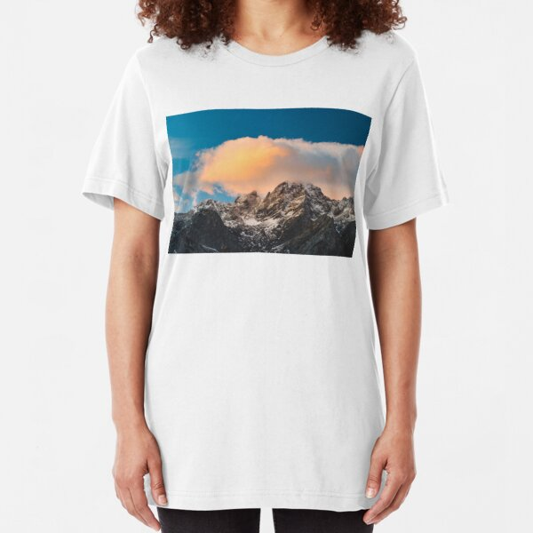 Burning clouds over the mountains  Slim Fit T-Shirt