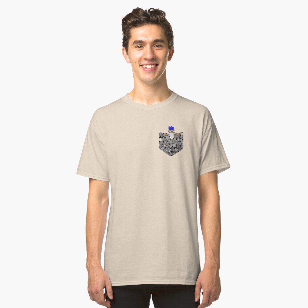 Runescape Wise Old Man in Pocket Classic T-Shirt Front