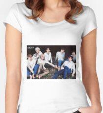 got7 Women's Fitted Scoop T-Shirt