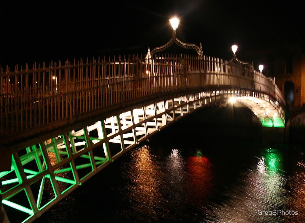 Ha'penny Bridge by GregBPhotos