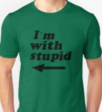 Camiseta unisex Estoy con estúpido - La mamá de Kenny