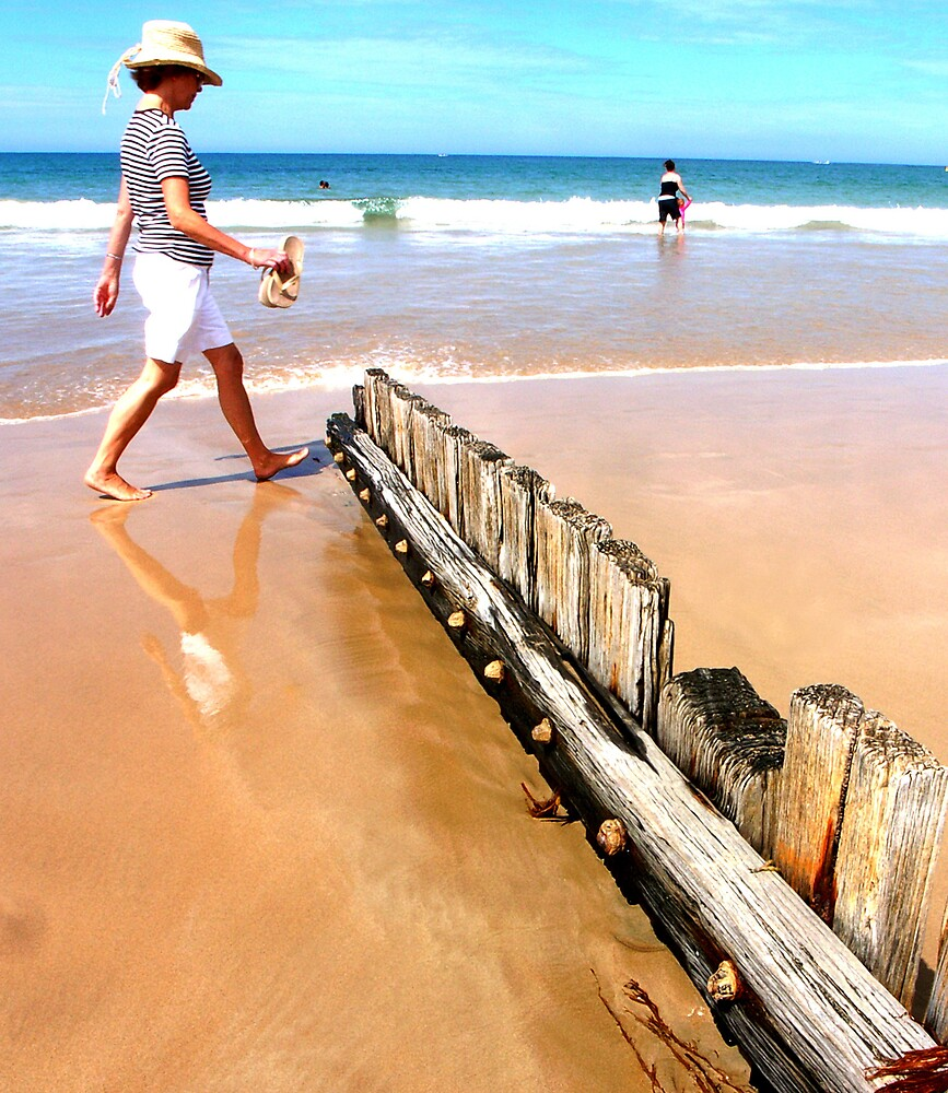 Beachcomber, Torquay by Elaine Stevenson