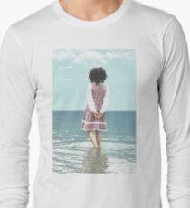 walking in water Long Sleeve T-Shirt