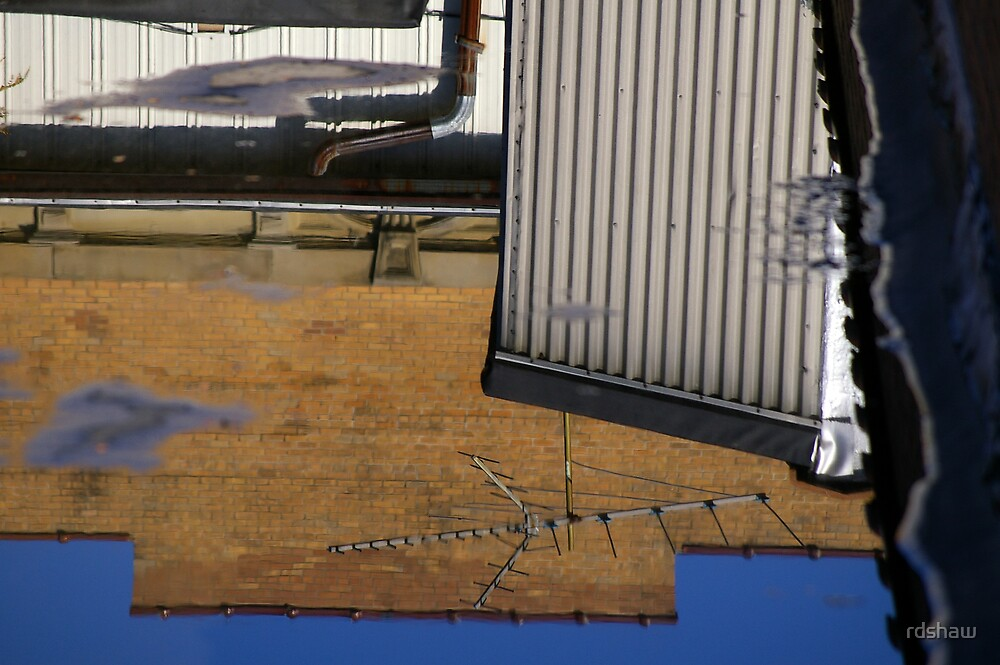 Aerial Antenna - Reflection by rdshaw
