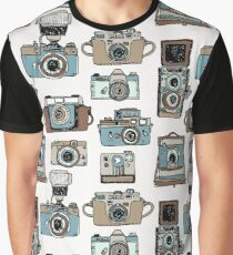 Hand drawn pattern with old fashioned cameras Graphic T-Shirt