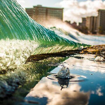 Waikiki Walls by GlideMedia