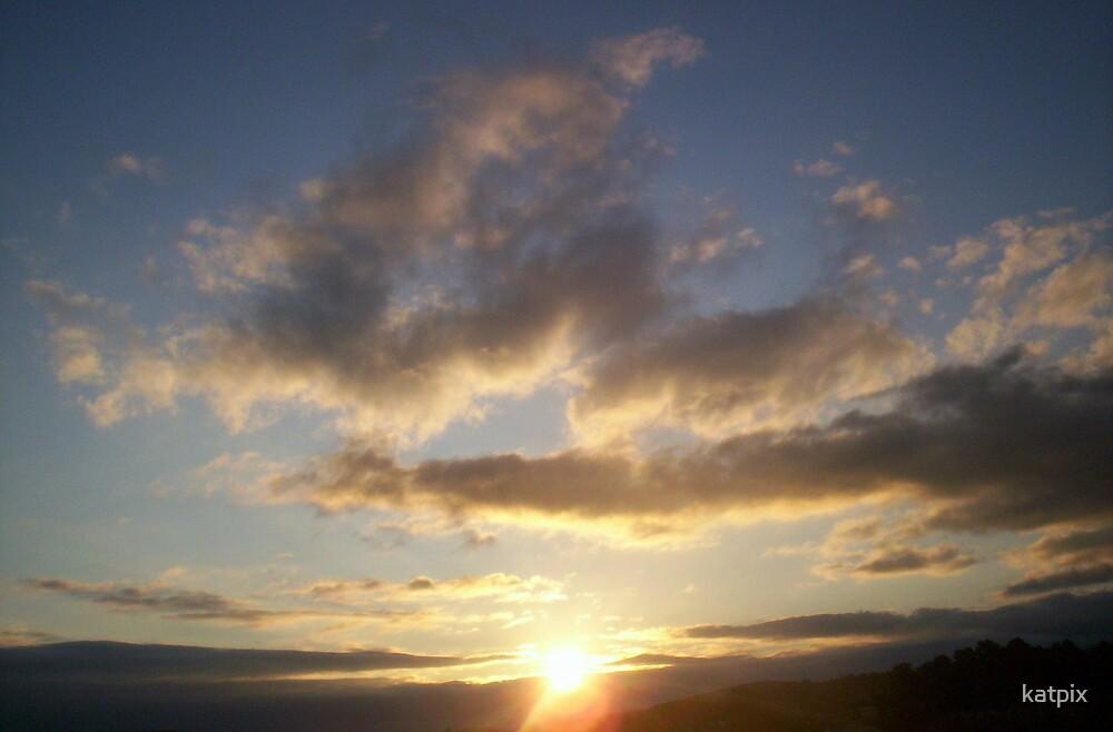 Morning Sky by katpix