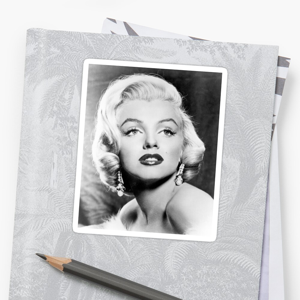 Marilyn Monroe Face Close Up by prodesigner2