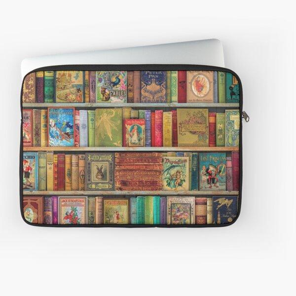A Daydreamer's Book Shelf Laptop Sleeve