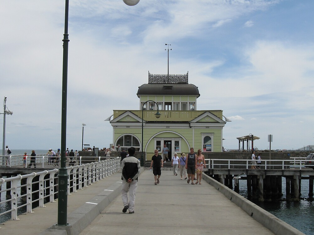 St Kilda Pier by Lee Revell