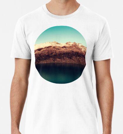 Entferntes Königreich Premium T-Shirt