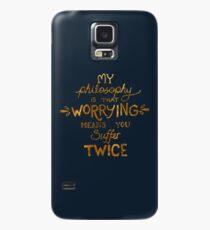 Meine Philosophie ist, dass Besorgnis bedeutet, dass du zweimal Typografie leidest (Gold Version) Hülle & Klebefolie für Samsung Galaxy