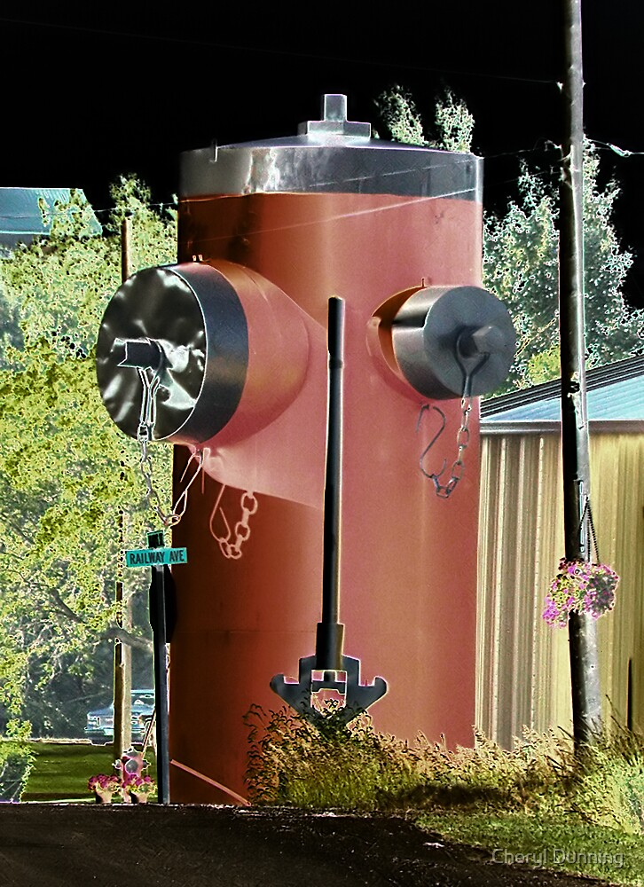 worlds largest firehydrant by Cheryl Dunning