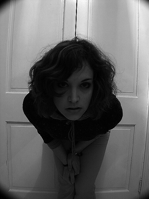 peeking in the keyhole by ersatzzzzz