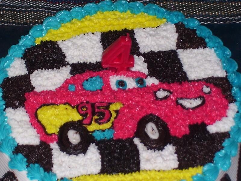 Mc Queen Cars in Birthday Cake by warustudio