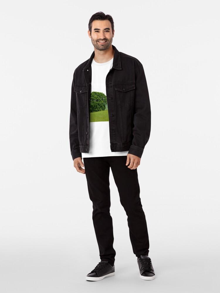 Alternative Ansicht von Hillside View - Einsamer Baum Premium T-Shirt