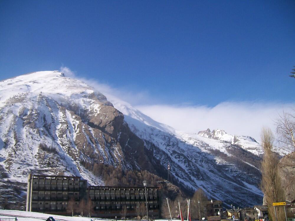 Mountain Top by gingerdude