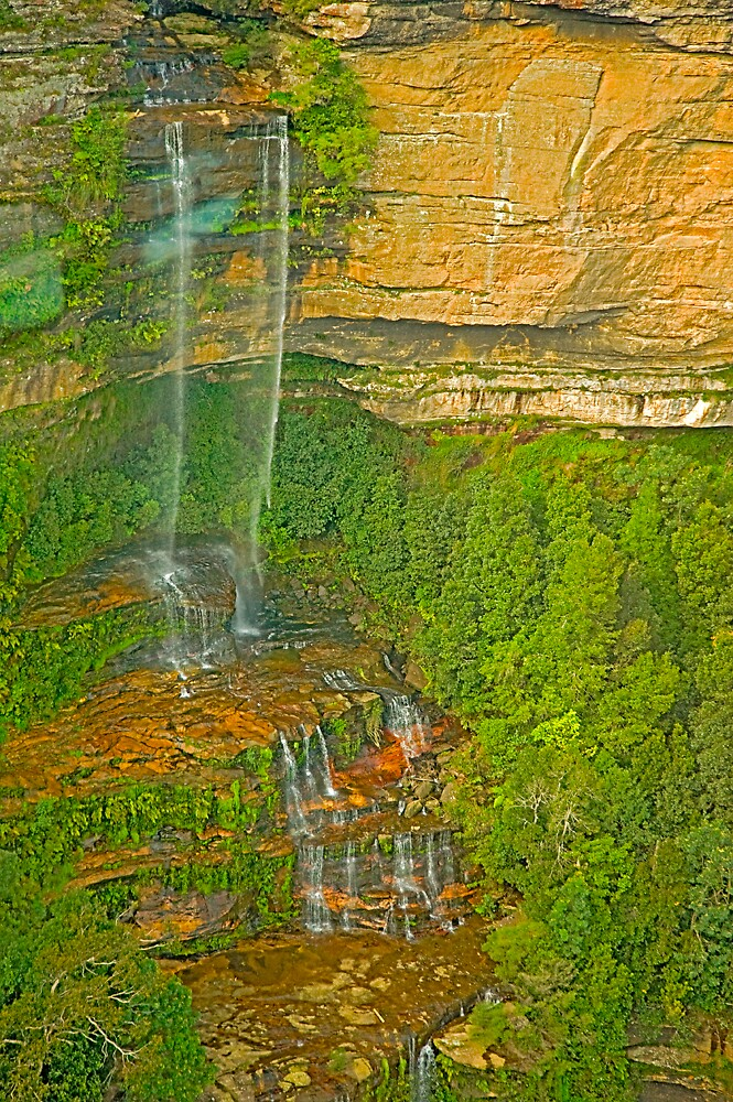 Tiny Water Falls ( Blue Mountain) by satwant