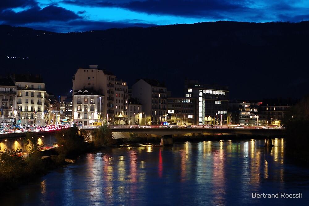 Grenoble by Bertrand Roessli