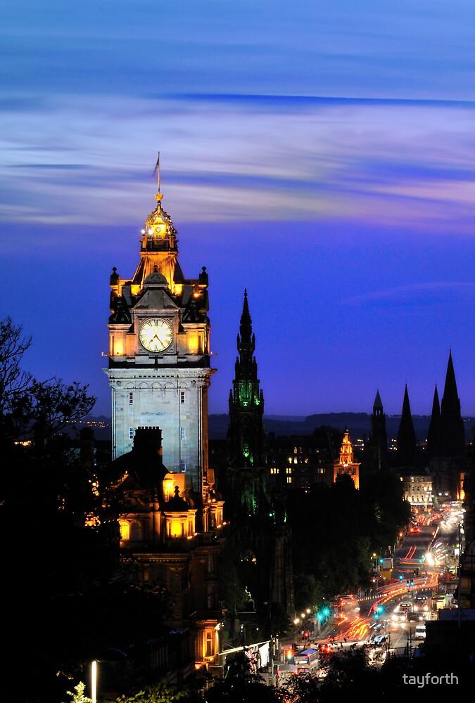 Classic Edinburgh by tayforth