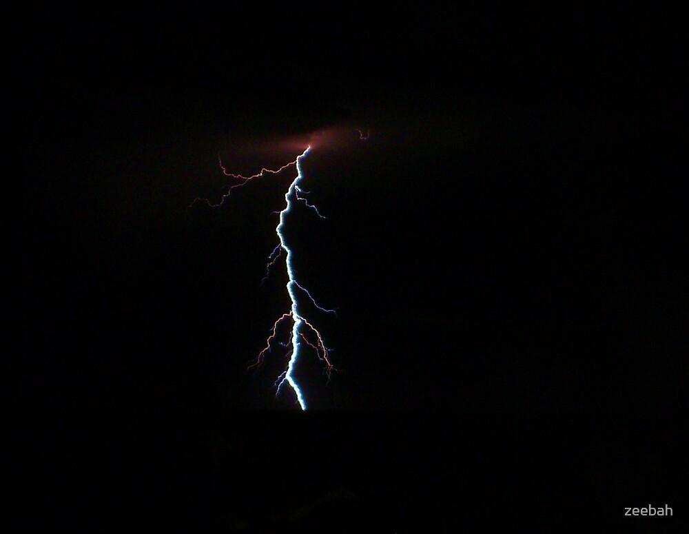 lightning2 by zeebah