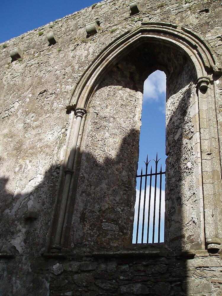 Window to sky by lukshot