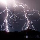 Lightning never ceases to amaze me by Craig Watson