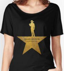 Camiseta ancha HARRINGTON: Una niñera estadounidense (textura dorada)